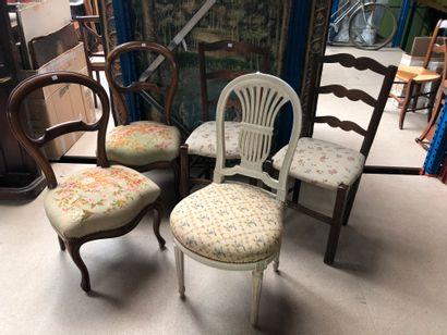Ensemble de cinq chaises  Accidents