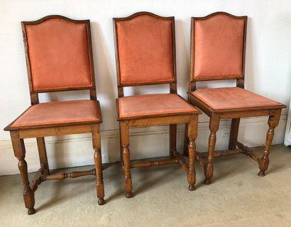 Suite de trois chaises en bois naturel garniture...