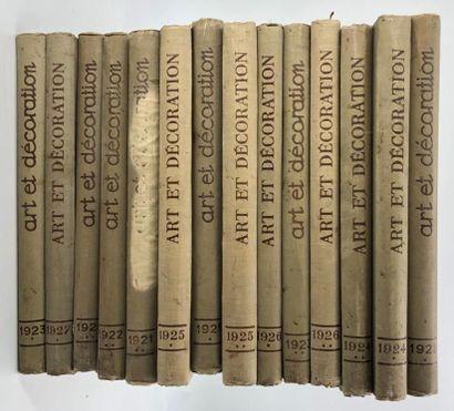14 volumes Art et Décoration entre 1923 et...