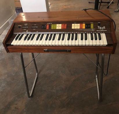 Electronic organ VS10 intercontinental V...