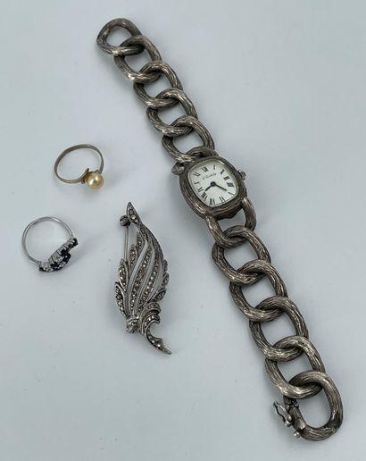 Ensemble de bijoux en argent :  broche (poids...