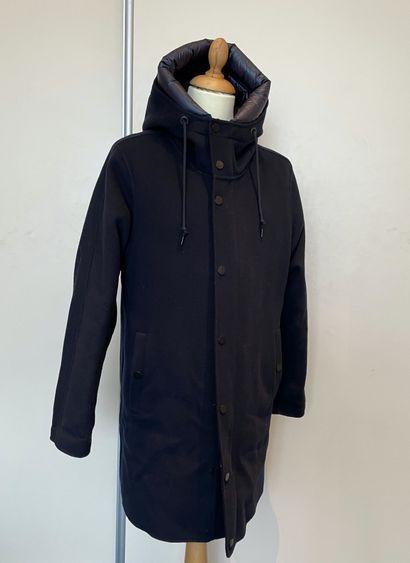 MONCLER  Manteau en laine et cachemire bleue...
