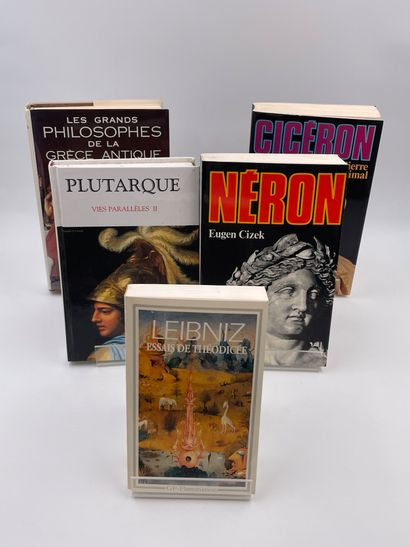 5 Volumes :  -