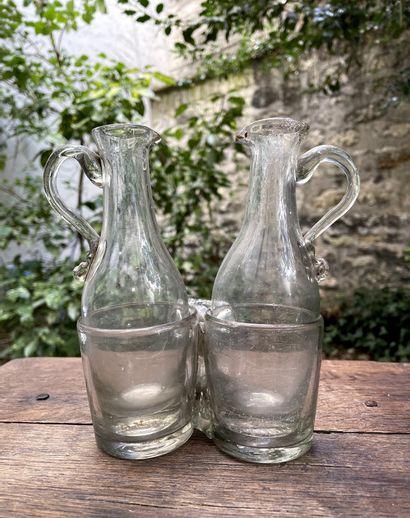 Burettes en verre soufflé et moulé, translucide,...