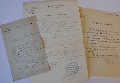 RESTANT DE LA COLLECTION. Ensemble de documents...