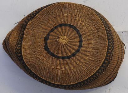 Bonnet de chef Kongo – RDC - Diam : 15 cm...
