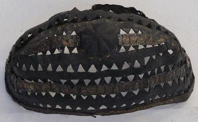 Coiffe Ashanti – Ghana –Long. : 19,5 cm Cuir...