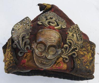 Coiffe de prêtre tibétain – H. : 20 cm –...