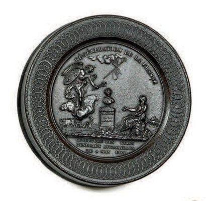 Boite à tabac (Révolution). Forme ronde en...