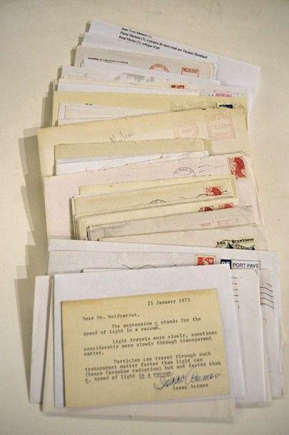 AUTOGRAPHES. Correspondance adressée à M....