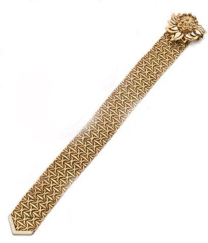 Bracelet ruban Plat, articulé en deux ors...