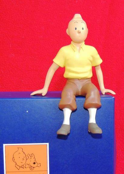 Figurine «Tintin assis». Réf. 46103. Editions...