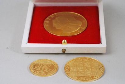 Médailles commémorative en or 24K commémorant...