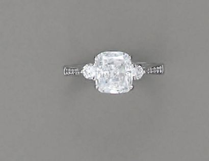 BAGUE diamant coussin (F/VVS2 - 3,07 cts...