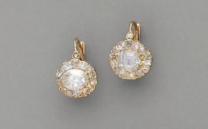 BOUCLES D'OREILLE XIXe, en or et diamant...