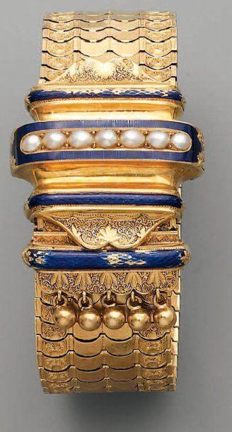 BRACELET ruban Napoléon III, en or, perles...