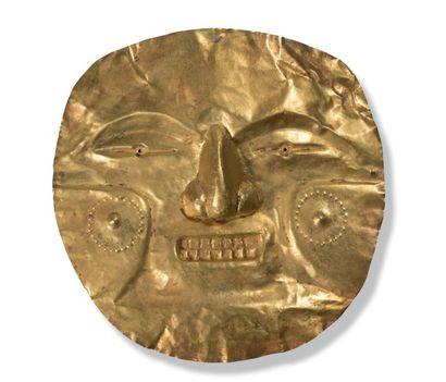 Masque représentant un visage humain orné de scarifications L'art Calima est réputé...