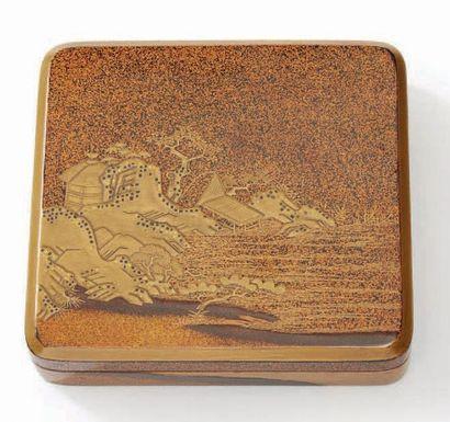 JAPON Epoque EDO (1603 - 1868), XVIIIe siècle Kobako de forme carrée en laque nashiji...