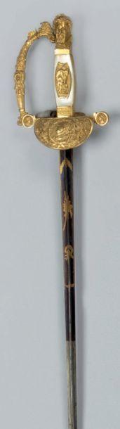 Epée de cour Fusée à plaquettes de nacre...