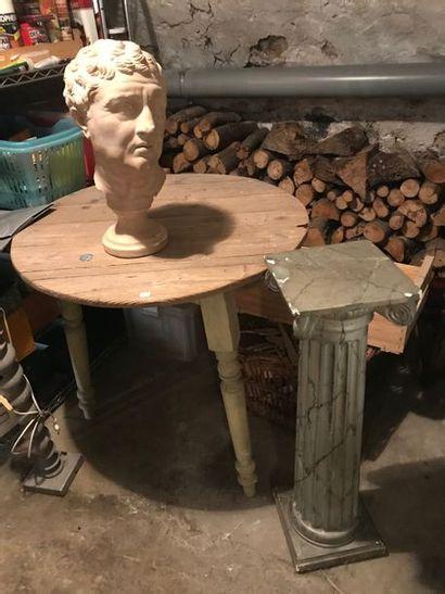 Table,  colonne,  buste,  pied de lampe