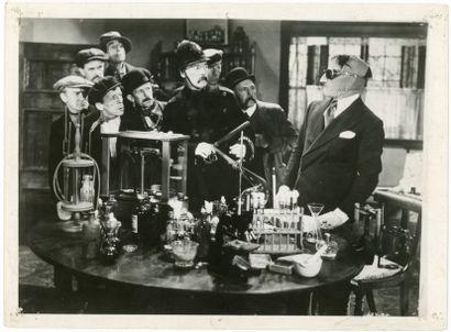 Photo originale - INVISIBLE MAN - 1933 Bon état, quelques trous de punaises, Lot...