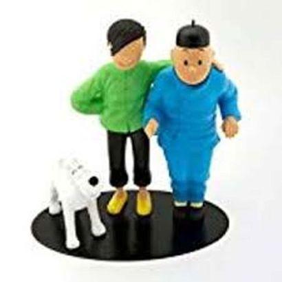 PIXI 45953. Tintin et Tchang debout. Fraternité....