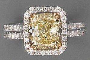 Bague diamant (CertificatGIA- FancyYellow-VS1)...