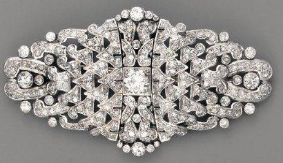 Broche plaque 1925 en platine et diamant...