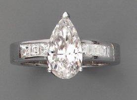 Bague diamant poire (2,01 cts) (certificat HRD - F/SI2)
