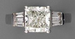 Bague diamant carré brillanté (3,03 cts)...