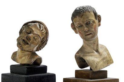Deux bustes masculins de santons de crèche...