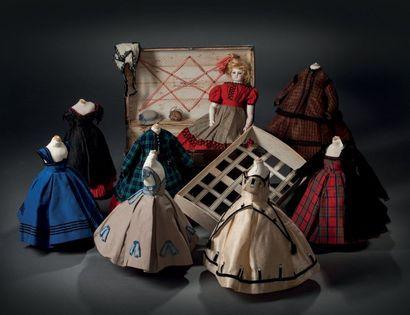 Petite poupée de mode de la maison BARROIS...
