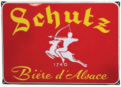 SCHUTZ Plaque émaillée pour la bière SCHUTZ....
