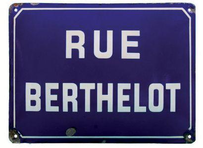 PLAQUE NOMINATIVE DE LA RUE BERTHELOT Fer...