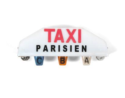 LUMINEUX DE TAXI PARISIEN  Matière plastique,...