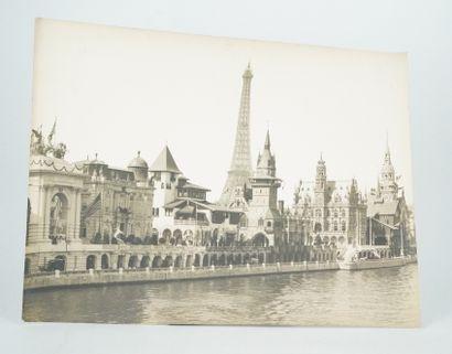 未确定的作者  1900年世界博览会上的外国馆  该时期的银质印刷品。  29,4...