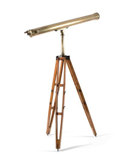 IMPORTANTE LUNETTE ASTRONOMIQUE CAUCHE  Laiton,...