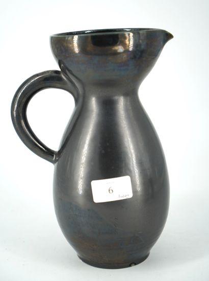 ACCOLAY, pichet en céramique émaillée noire,...