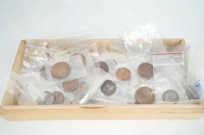 Lot de pièces de monnaie dont Napoléon en...