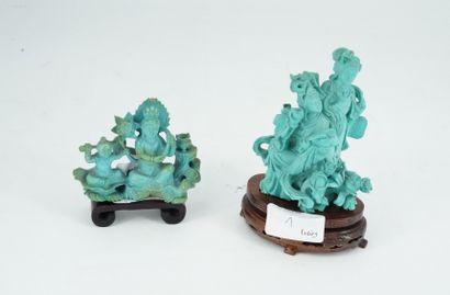 Deux groupes sculptés en turquoise figurant...