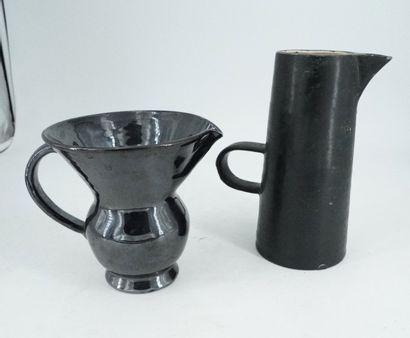 DIEULEFI T, AUBERT, vase en forme de verseuse...