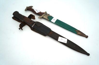 Dague SA modèle 1933 à poignée en bois, lame...