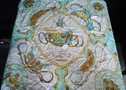 HERMES PARIS, carré en soie, modèle SPRINGS,...