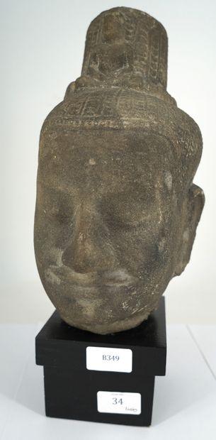 CAMBODGE - Moderne, tête de Bouddha khmer...