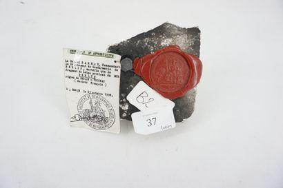 Fragment du mur de Berlin avec certificat...