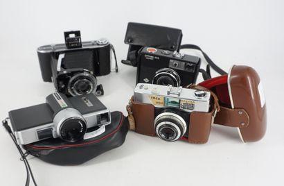 Collection d'appareils photographiques comprenant...