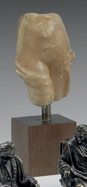 CORPS DE FEMME EN PARTIE DÉNUDÉ Sculpture...