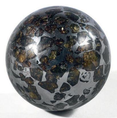 SEYMCHAN PALLASITE Seymchan, Pallasite Sphère...