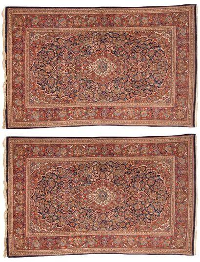 Paire de tapis persans KESCHAN en laine à...