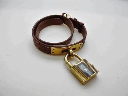 HERMES Paris Bracelet montre modèle Kelly...